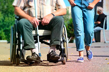 Une aide à domicile à Saint Sulpice pour personnes handicapées